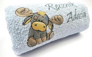 Вышивка на махровом банном полотенце