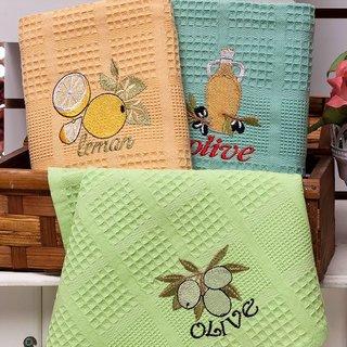 Вышивка на вафельном кухонном полотенце