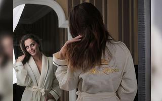 Вышивка на женском вафельном халате