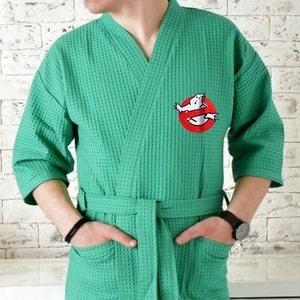 Вышивка на мужском вафельном халате